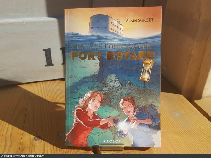 Livre-fiction - Sept heures pour sauver Fort Boyard de A. Surget (2017)