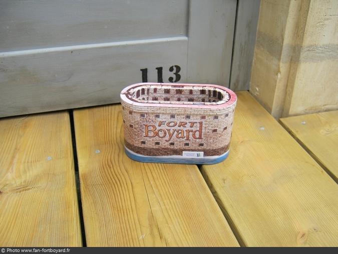 Objet - Boîte en métal ovale Fort Boyard (2011)