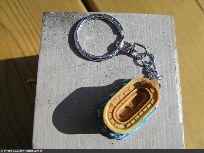 Porte-clés - Fort Boyard miniature en résine (2005)