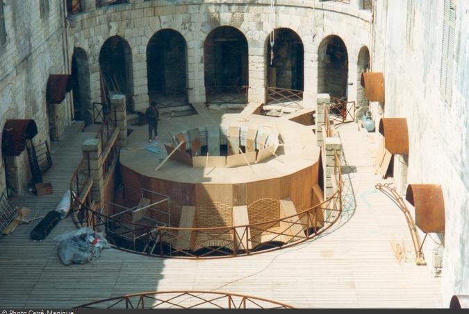 Construction de la Salle du Trésor en 1990 : le toit