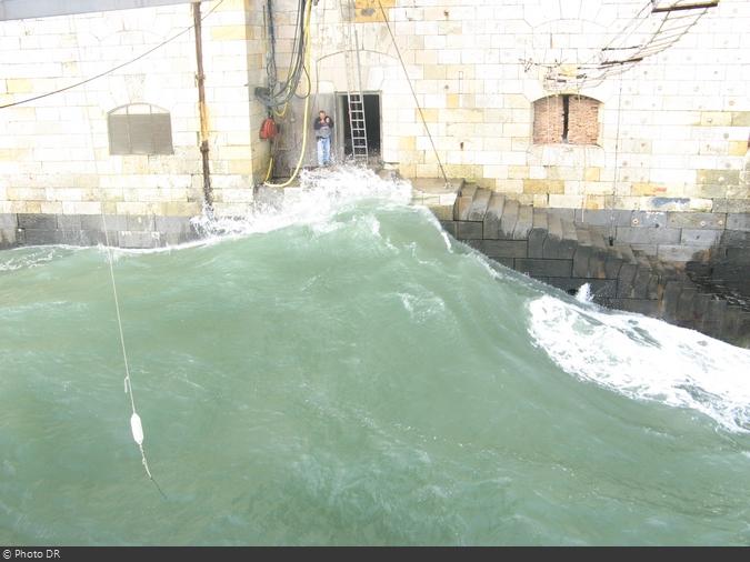 Fort Boyard : Grosses vagues en 2007