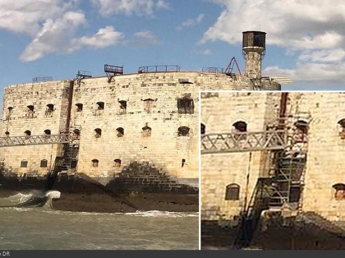 Fort Boyard Aperçu des travaux lors du week-end du 9/10 avril 2016