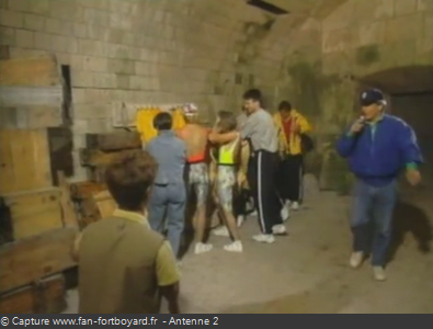 Les Clés de Fort Boyard 1990 : L'arrivée des candidats (version 1)