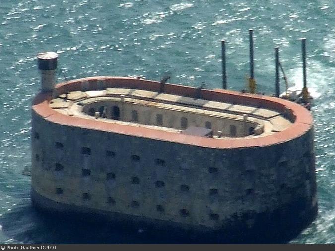 Survol du Fort Boyard 2010 de Gauthier